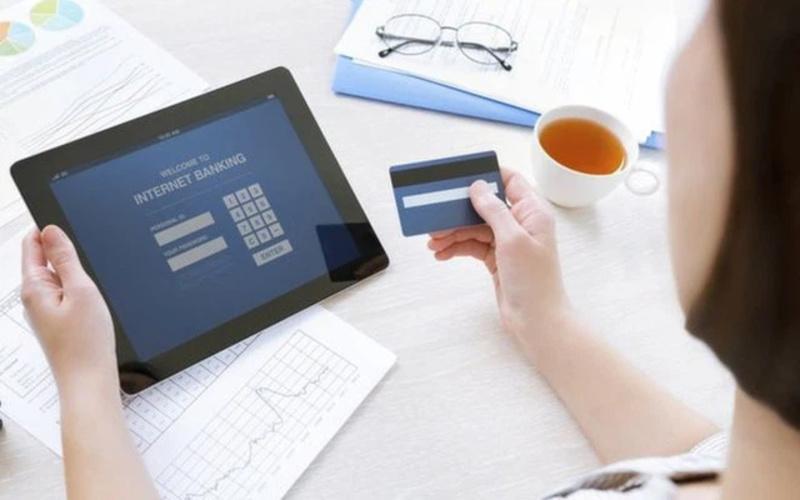 Thứ 7 chuyển tiền khác ngân hàng có thể nhanh hoặc chậm phụ thuộc nhiều yếu tố