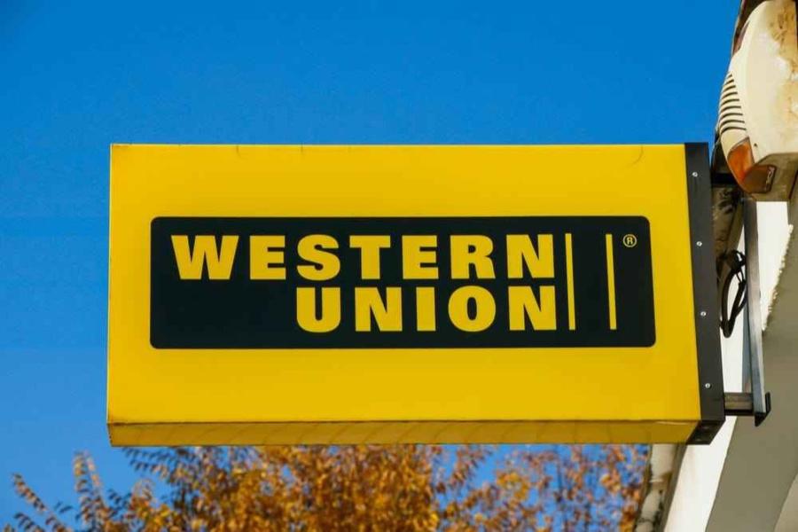 Western Union là hệ thống chuyển tiền quốc tế phổ biến hiện nay.
